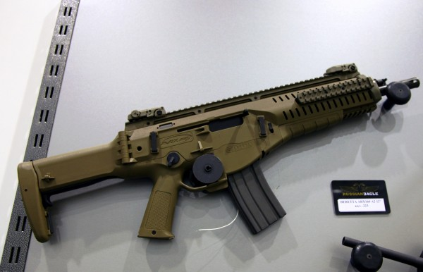 Beretta_ARX-160,_Interpolitex_2012