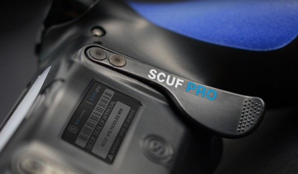 SCUF-4PS-Pro-Paddle-controller-close-up